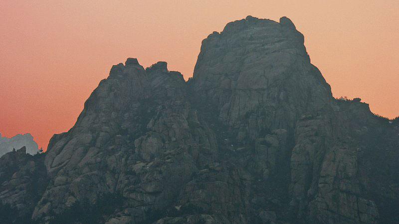 mountain-dark-sunset-kedar